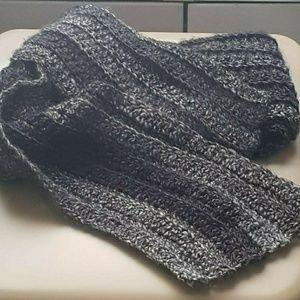Men's crocheted  scarf